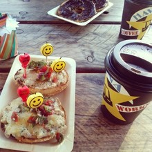 COFFEEUFEEL - 10.05.14 early bday pressies #mercichéri #pressies #surprise #bestuglybagels #havanacoffee #birthday #candles #smile #colourful #happy #morning #auckland...